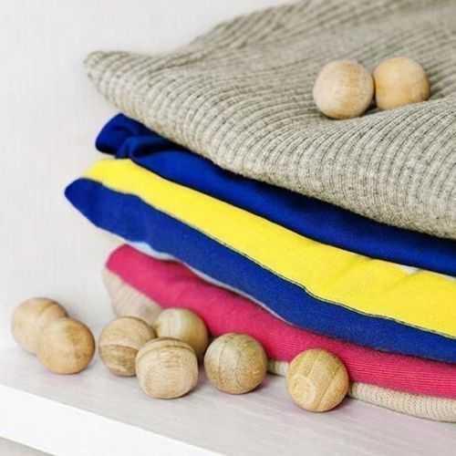 Generic كرات الكافور لحماية الملابس من العته والحشرات - 10 قطع 1